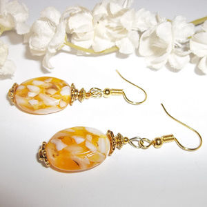 Yellow Gold and White Dangle Pair of Earrings Set